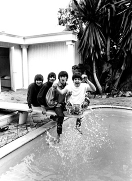beatles_pool_genesis_04 first time in usa