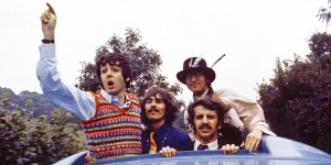 film-magical-mystery-tour-the-beatles-12521979-600-300.jpg